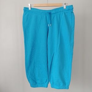 Nike Capris Cotton Fleece Cropped Pants Sz Medium